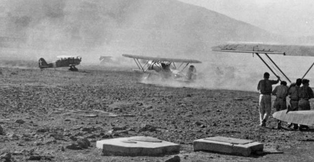 6 Agosto 1942, Pantelleria, atterra il 4° stormo 160° Gruppo