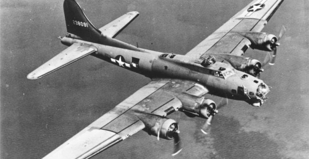 773px-B-17_on_bomb_run