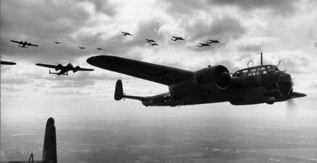 Bundesarchiv_Bild_101I-341-0456-04_Frankreich_Flugzeuge_Dornier_Do_17