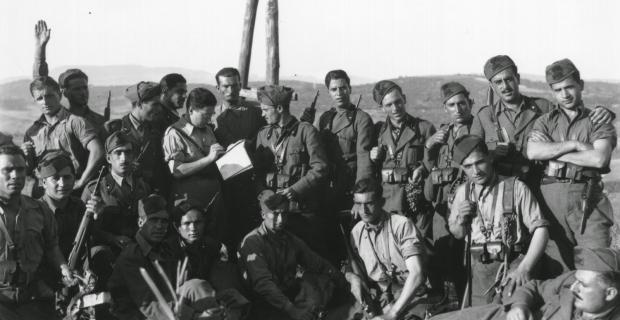 Agosto 1940 Italiani in zona di Guerra.
